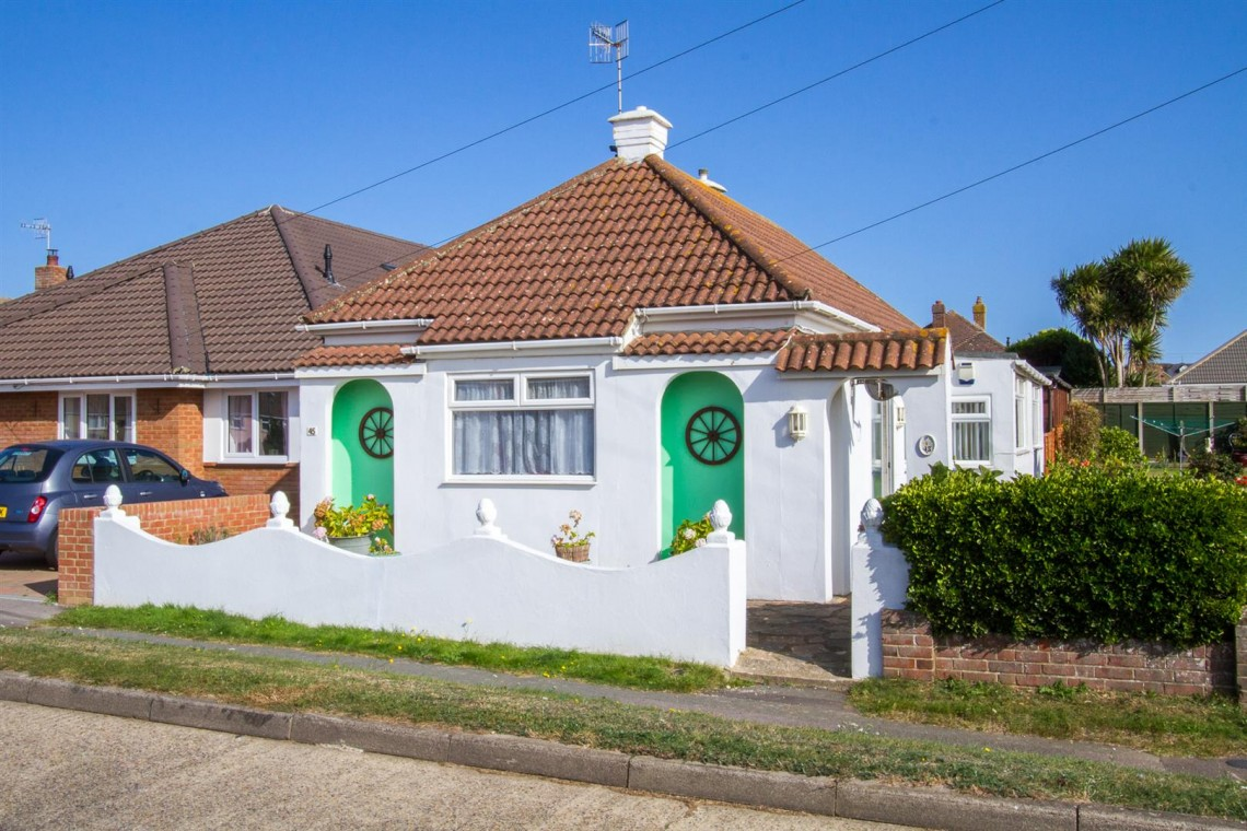 Images for Cornwall Avenue, Peacehaven